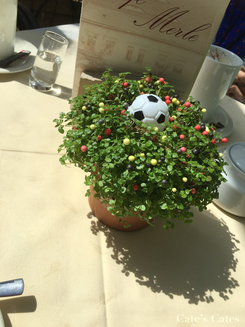 This table ornament scored more goals than Switzerland.